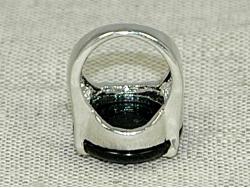 Кольцо из оникса черного цвета